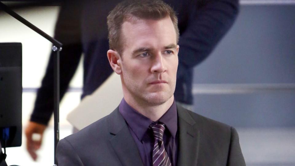 Ein echter Analyse-Experte: Special Agent Elijah Mundo wird gespielt von James Van Der Beek.
