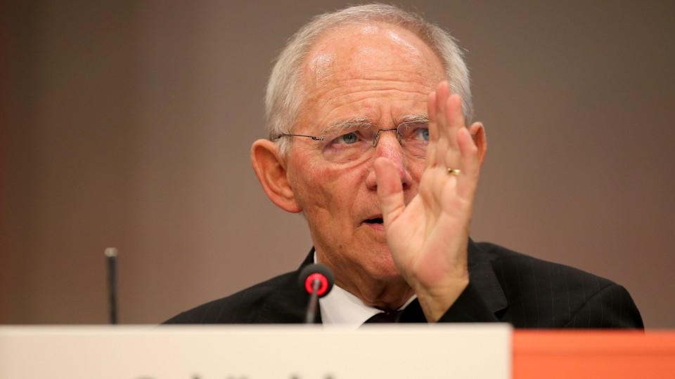 Schäuble: Europa muss Außengrenzen unter Kontrolle bringen