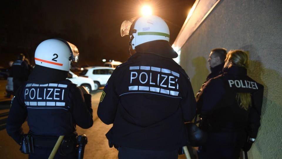 Die Polizei war mit vereinten Kräften im Einsatz.