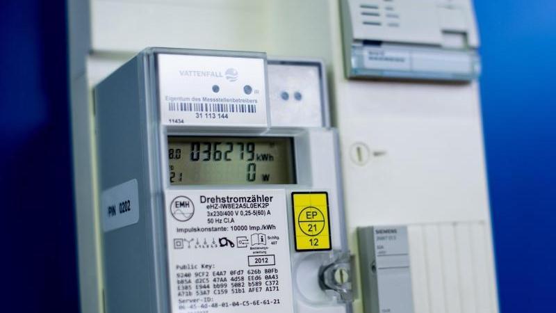 Top Sie ticken wohl nicht richtig: digitale Stromzähler berechnen JI11
