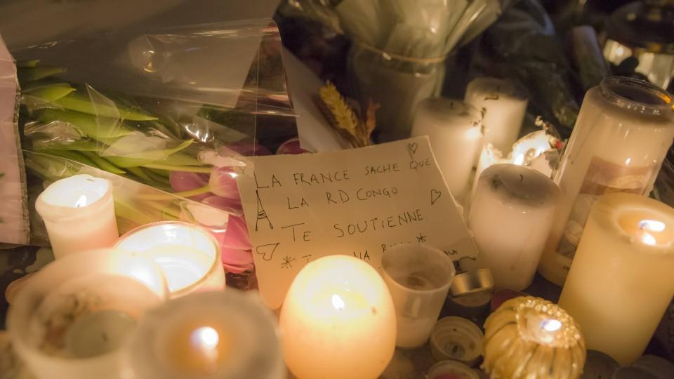 Alle 129 Opfer der Anschläge von Paris sind identifiziert.