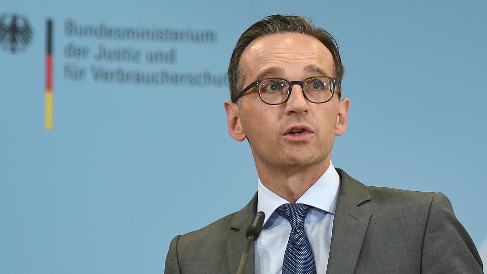 """Bundesjustizminister Maas: """"Die Terroristen sind unter uns. Und sie sind keineswegs alle als Flüchtlinge hierhergekommen."""""""