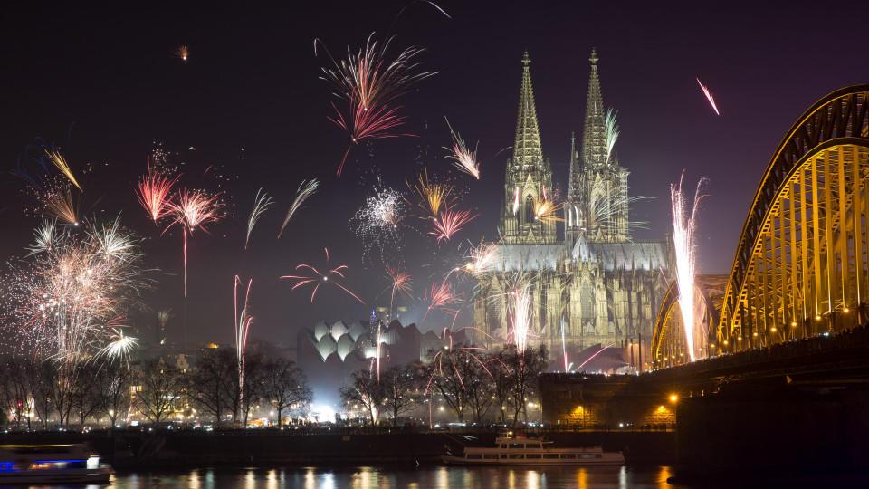 In der Silvesternacht wurden in Köln zahlreiche Frauen von einer großen Gruppe Männer belästigt.