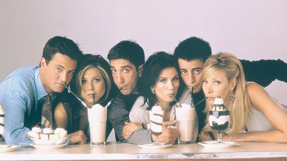 """Der Cast von """"Friends"""" (v.l.n.r.): Matthew Perry, Jennifer Aniston, David Schwimmer, Courteney Cox, Matt LeBlanc und Lisa Kudrow."""