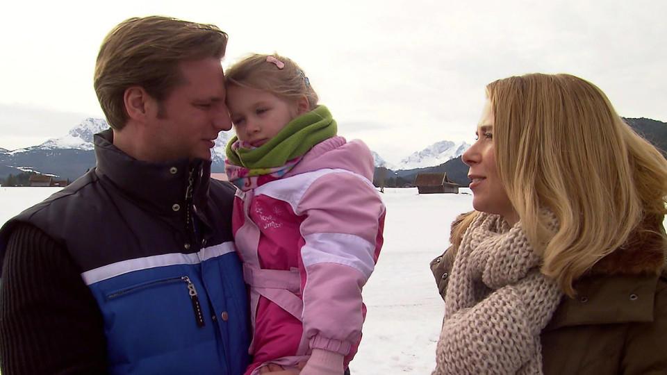 Alles was zählt: Die kleine, glückliche Familie macht Urlaub in Oberbayern