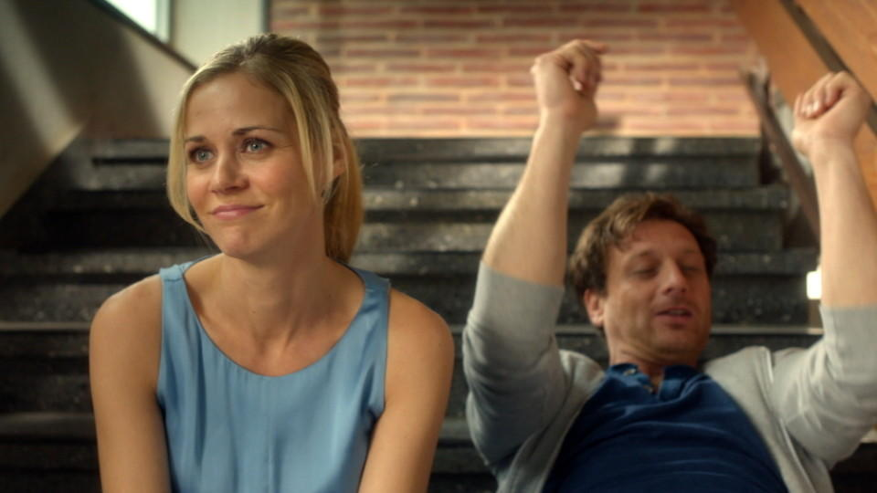Karin Noske (Jessica Ginkel) und Stefan Vollmer (Hendrik Duryn)