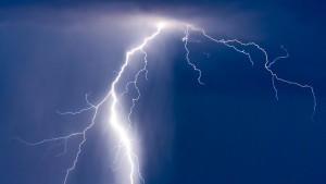 Vor allem am Sonntag ist mit starken Gewittern und sogar Unwettern zu rechnen.