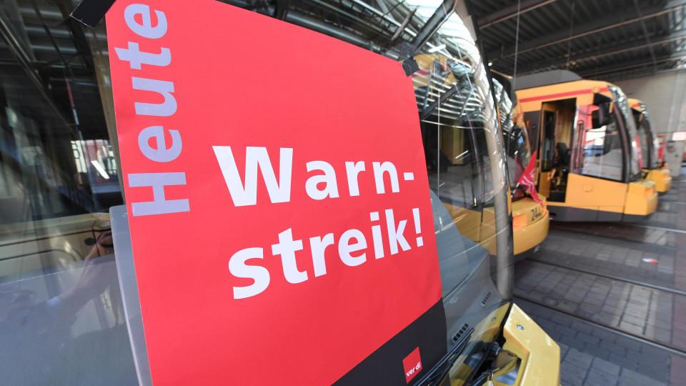 Warnstreiks im öffentlichen Nahverkehr