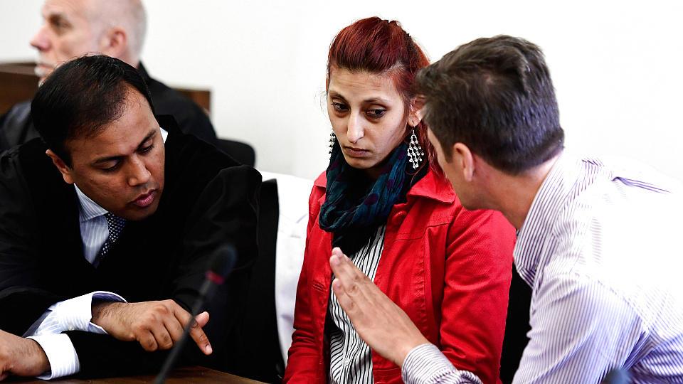 Die Mutter des kleinen Mohamed im Gerichtssaal
