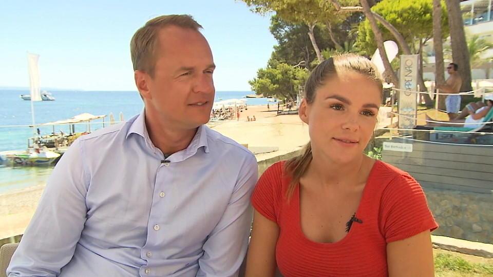 Alexander und Angelina Posth äußern sich nach den Scheinehe-Vorwürfen von Angelina Heger.