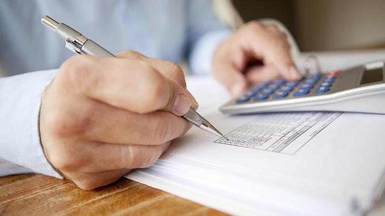 Unrechtmäßige Kontogebühren - So holen Sie sich Ihr Geld zurück!