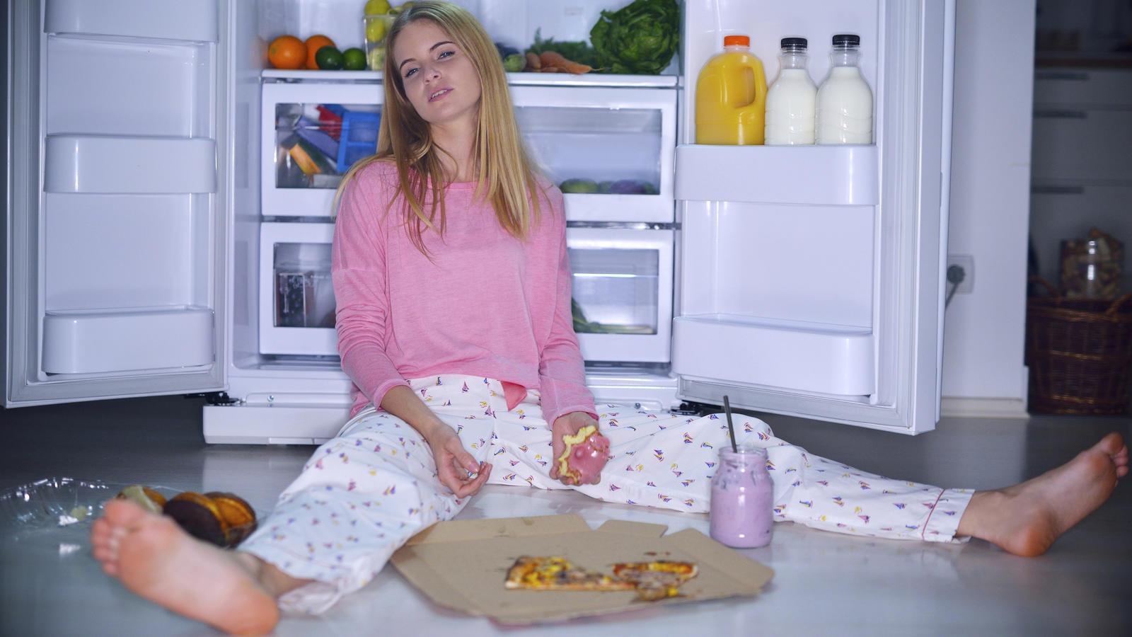 Bei der Binge-Eating-Störung gerät das Essverhalten oft völlig außer Kontrolle