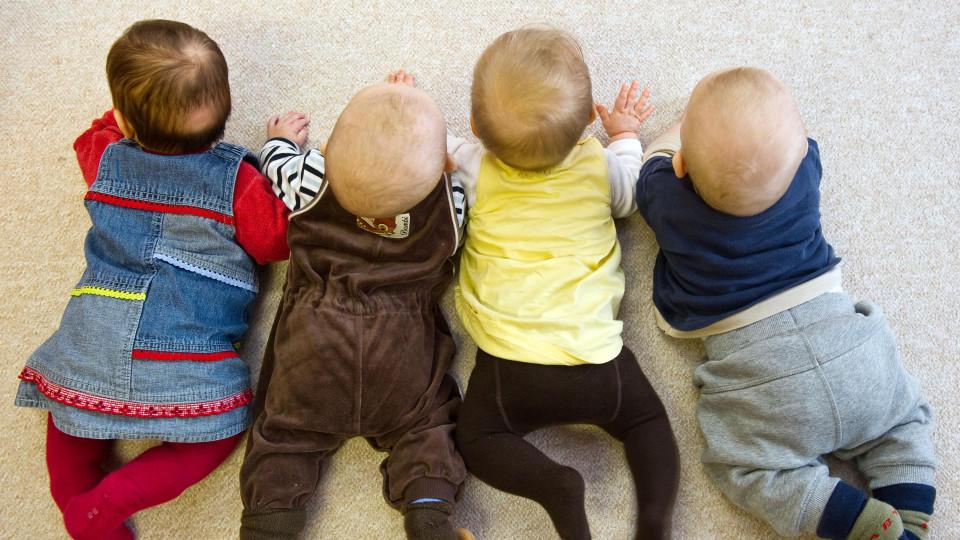 Erneut ist die Geburtenrate gestiegen.