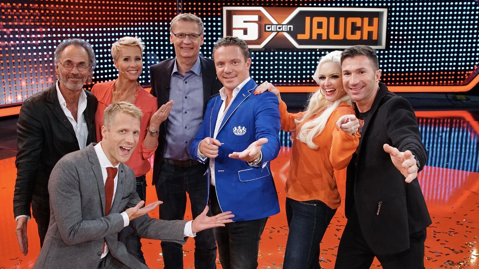 """Bei """"5 gegen Jauch"""" will Günther Jauch die Promis diesmal aber wirklich in die Tasche stecken."""