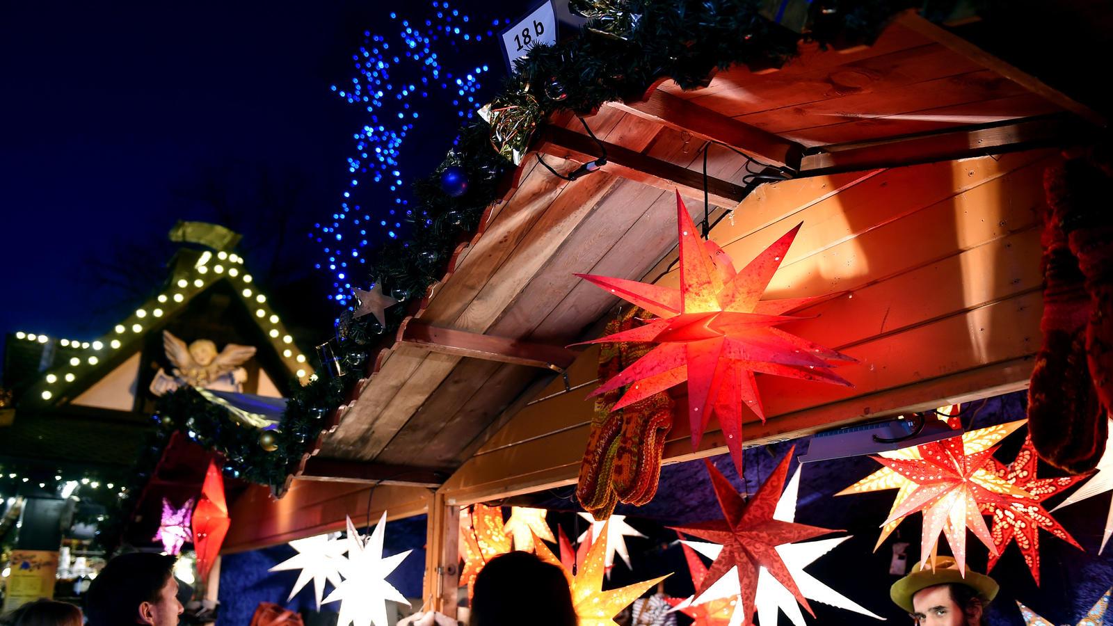 Weihnachtsmarkt Totensonntag Geöffnet.Die Ersten Weihnachtsmärkte Haben Geöffnet