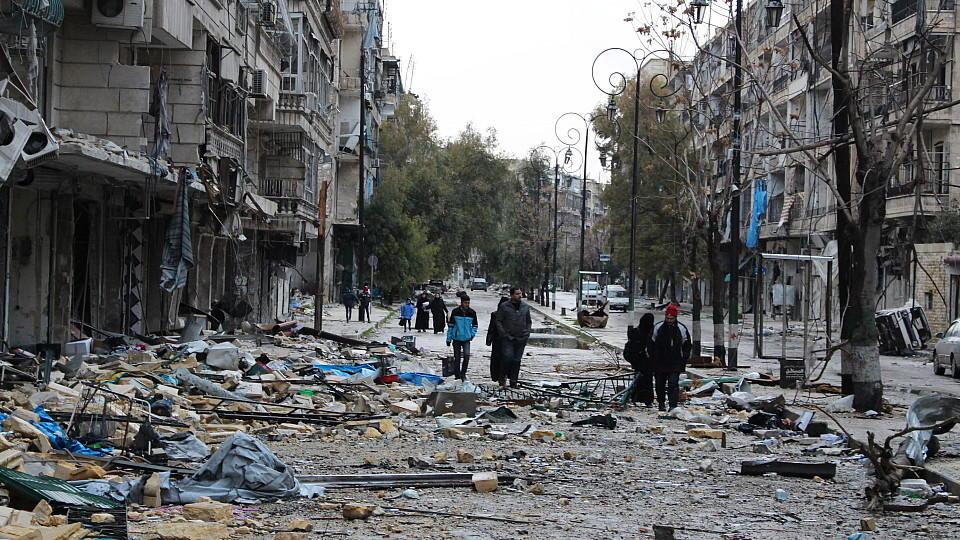 Bewohner im Osten von Aleppo.