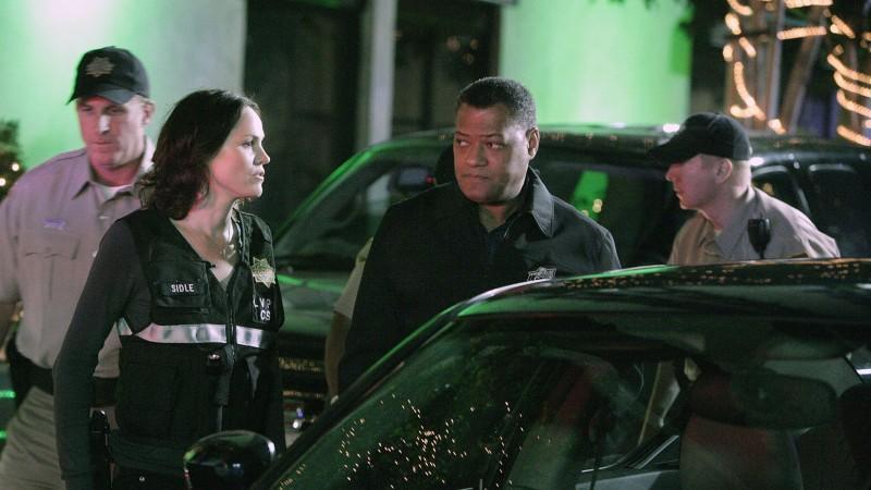 Sara (Jorja Fox) und Dr. Raymond Langston (Laurence Fishburne, Mi.) untersuchen die eigenartigen Umstände eines versuchten Selbstmordes.