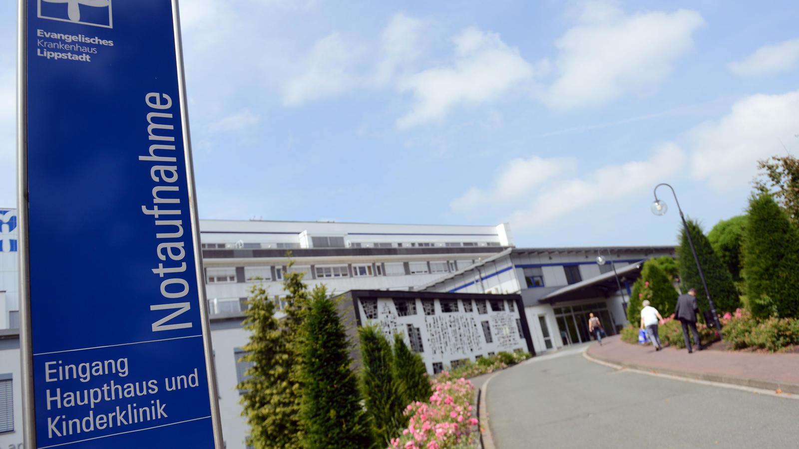 Ein Frühchen ist in einem Krankenhaus nach einer Keiminfektion gestorben.