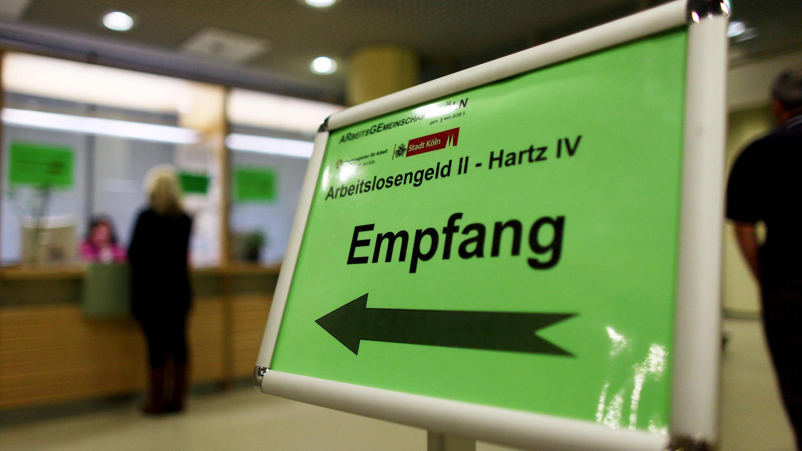 2018 wurde im Schnitt rund 132.000 Menschen der Hartz-IV-Regelsatz gekürzt.