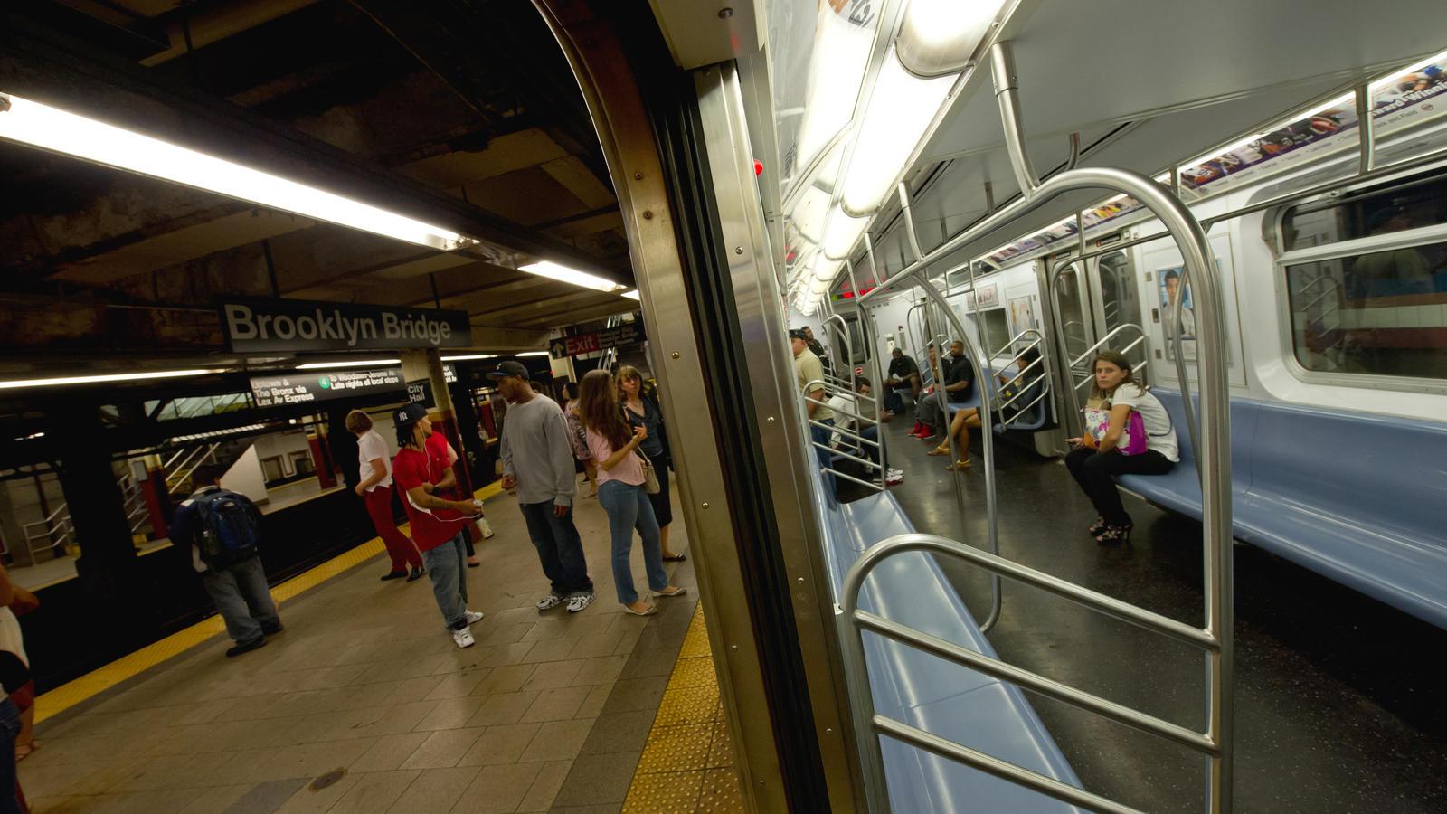 In einer U-Bahn in New York haben Passagiere eindrucksvoll gegen Hass gekämpft.