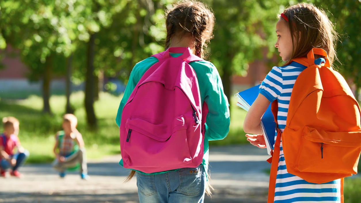 Welcher Schulranzen ist der beste für mein Kind? 'Öko-Test' hat Ranzen unter die Lupe genommen.