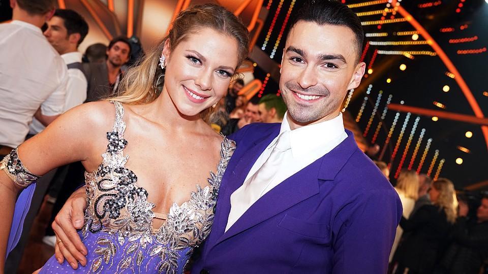 """Cheyenne Pahde und Andrzej Cibis sind ausgeschieden      Verwendung der Bilder für Online-Medien ausschließlich mit folgender Verlinkung:""""Alle Infos zu """"Let´s Dance"""" im Special bei RTL.de: http://www.rtl.de/cms/sendungen/lets-dance.html"""