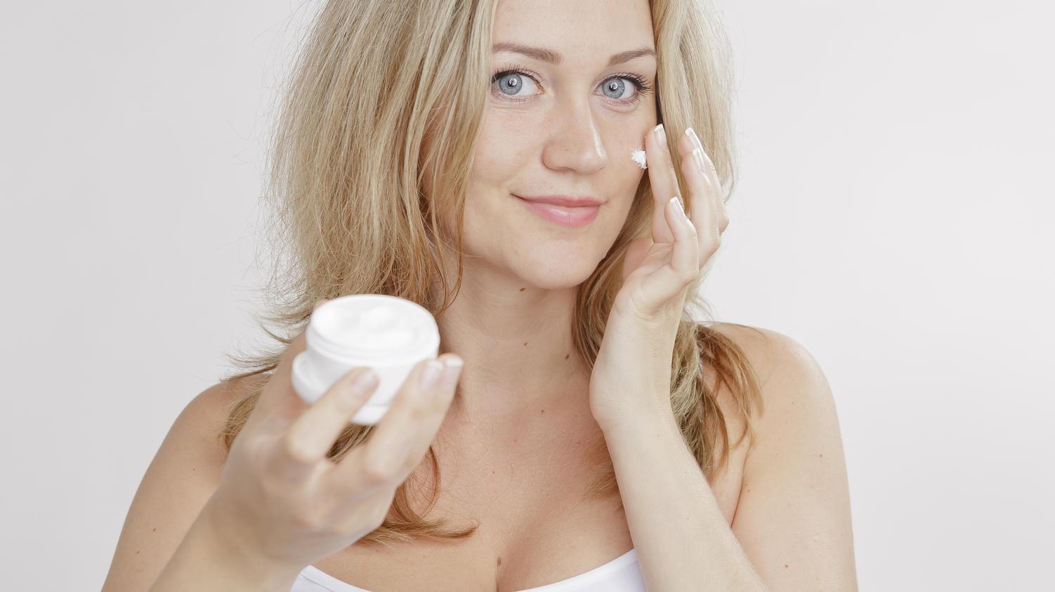Die richtige Hautpflege für Frauen ab 40? Hier sind die besten Tipps und Tricks