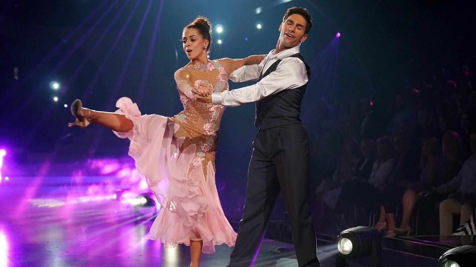 """Vanessa Mai und Christian Polanc belegen im Finale von """"Let's Dance 2017"""" den zweiten Platz."""
