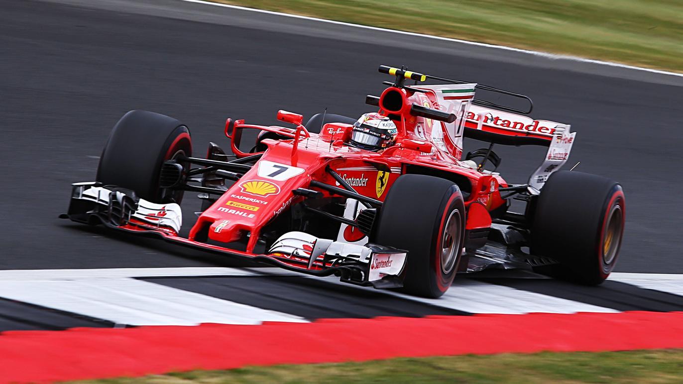 Sebastian Vettel und Ferrari haben über Nacht fast eine halbe Sekunde auf Mercedes gut gemacht