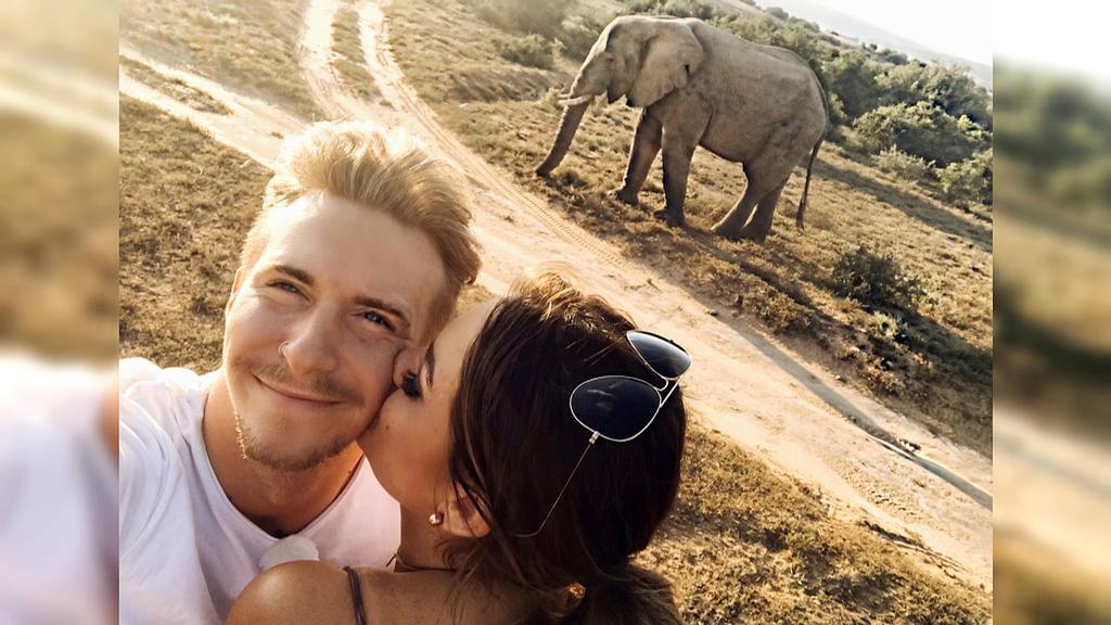 Zum Knutschen schön: Jessica und David genießen ihre Zweisamkeit in Südafrika beim Dreamdate