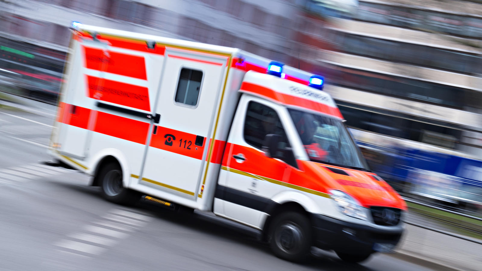 Das Opfer des Säure-Angriffs von Minden wurde umgehend in eine Klinik gebracht.