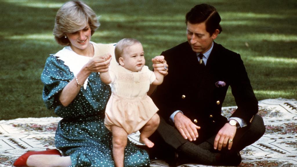 Prinzessin Diana, die 1997 tödlich verunglückte, mit dem kleinen Prinz William 1983 in Australien.