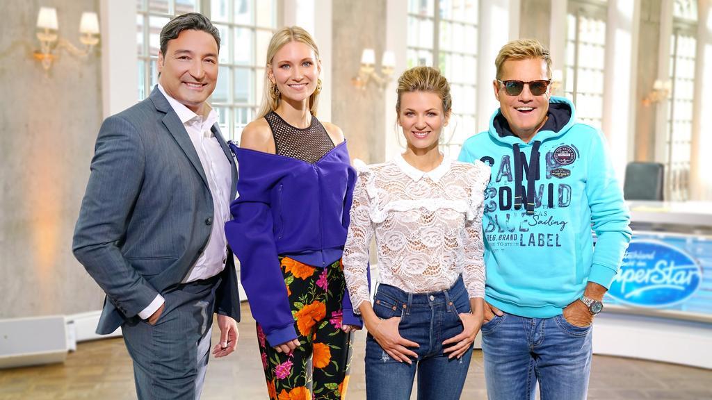 """Die Jury der 15. Staffel """"Deutschland sucht den Superstar"""": Mousse T., Carolin Niemczyk, Ella Endlich und Dieter Bohlen."""