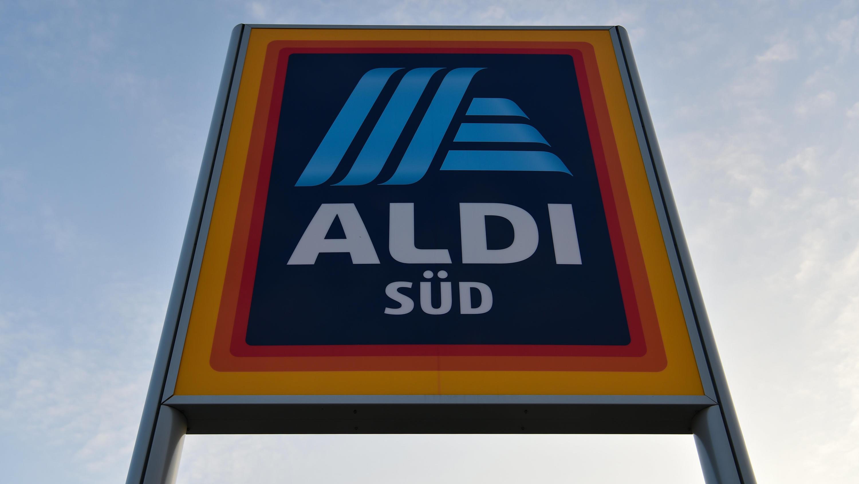 Aldi Kühlschrank Im Angebot : Brauereien zittern aldi verkauft biermarke zum ramsch preis