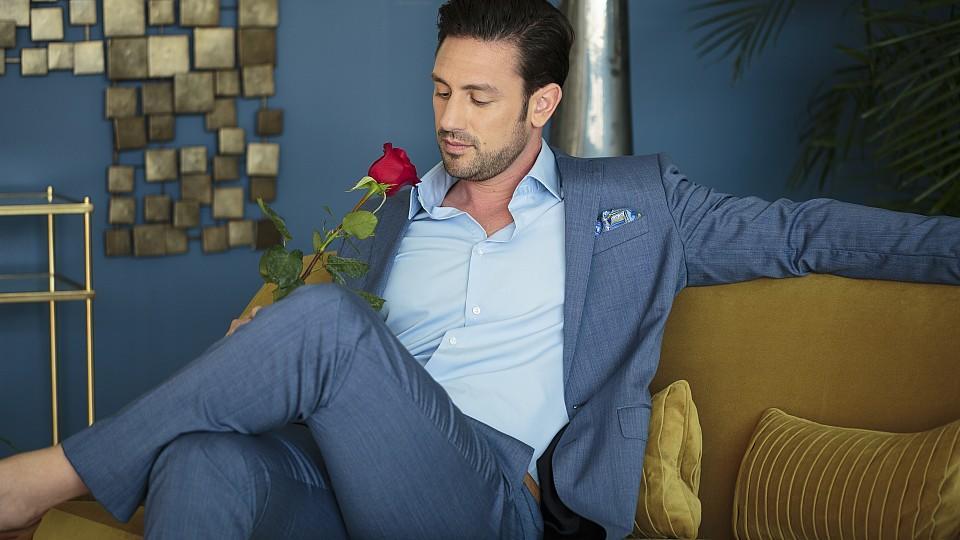 Welcher Lady wird Bachelor Daniel Völz wohl seine letzte Rose überreichen?
