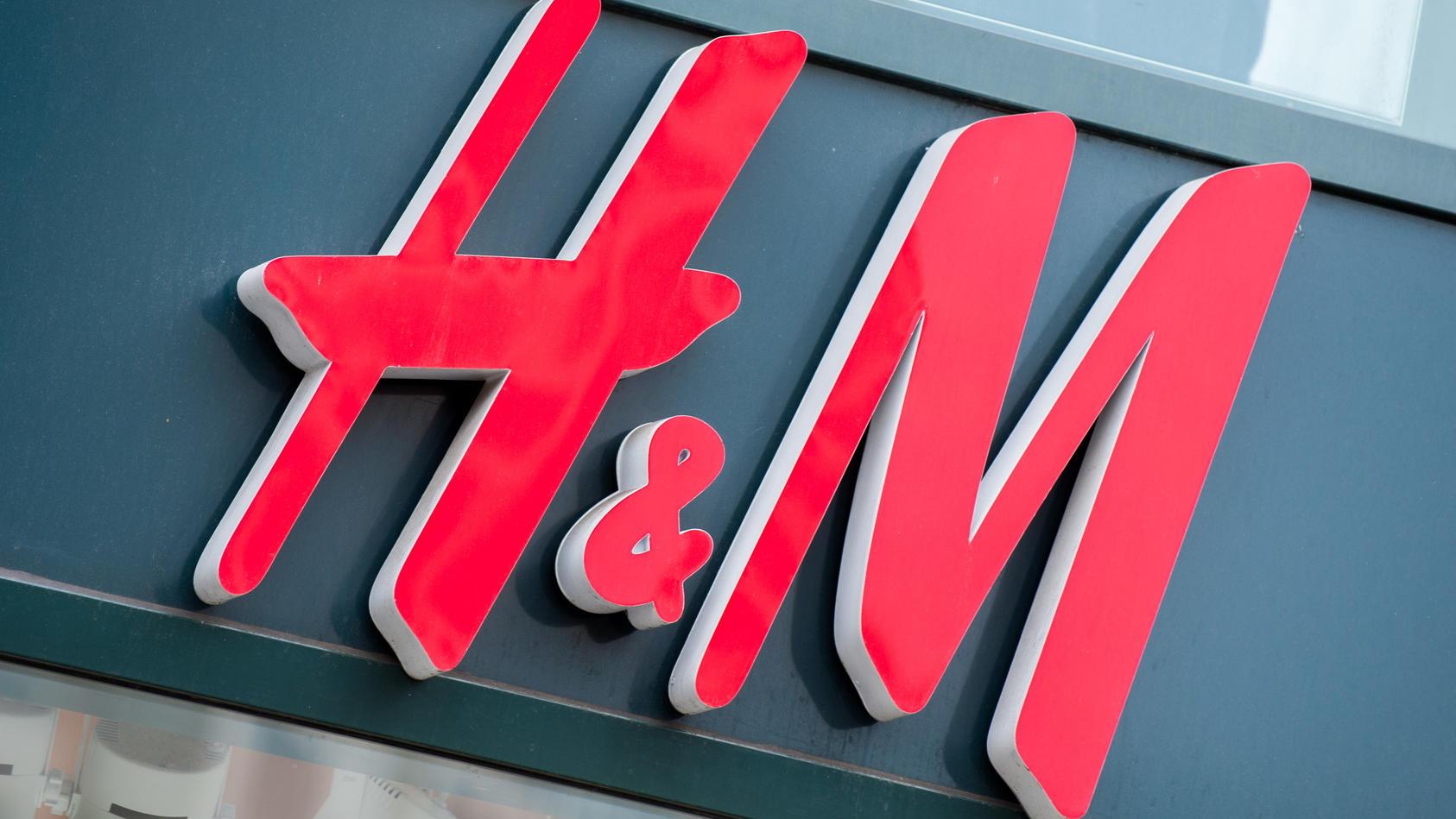 Bußgeldverfahren gegen H&M: Modekette soll Mitarbeiter ausspioniert haben