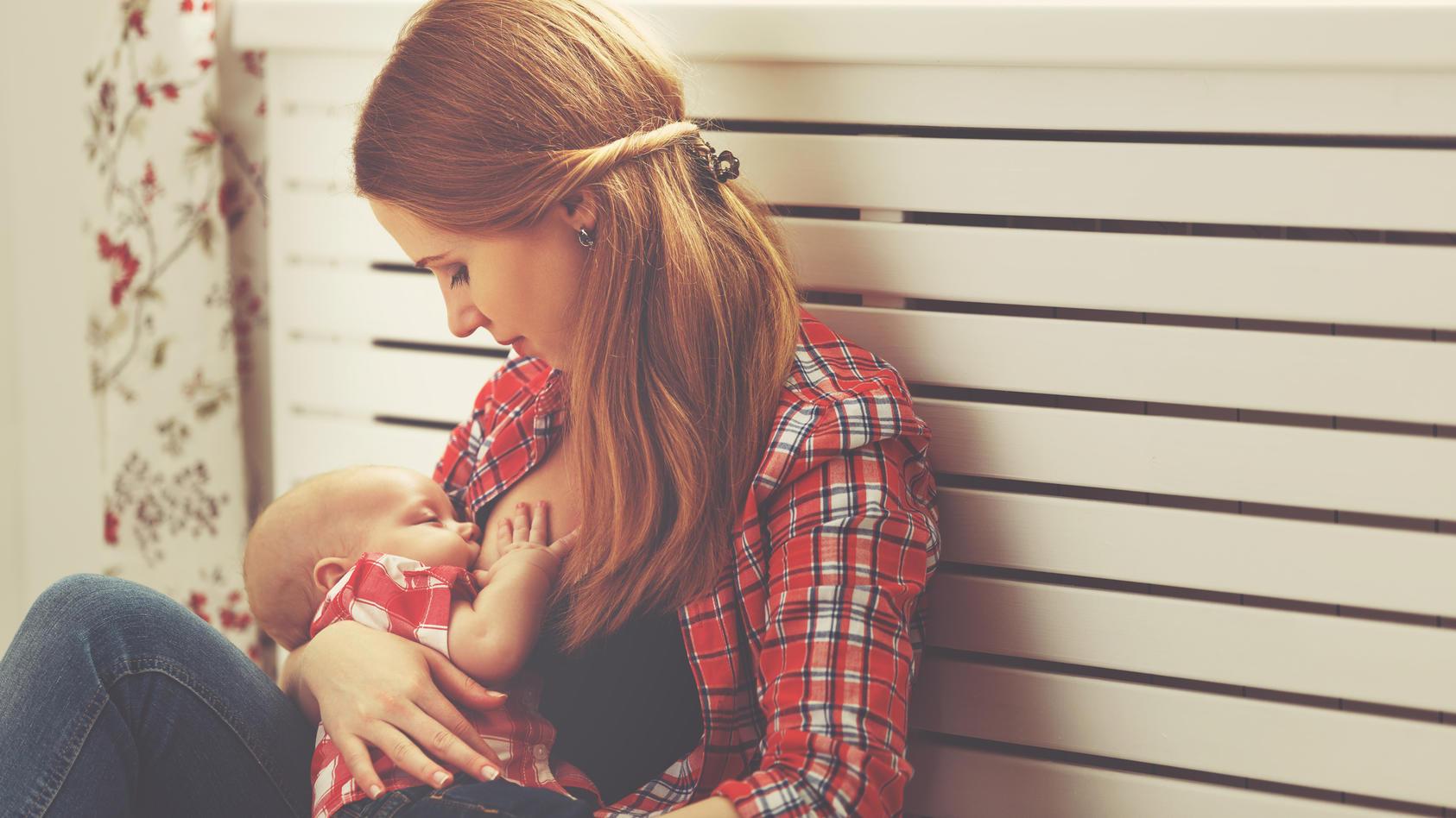 Auch bei Babys mit einer Lippen-Kiefer-Gaumen-Spalte kann das Stillen gelingen.