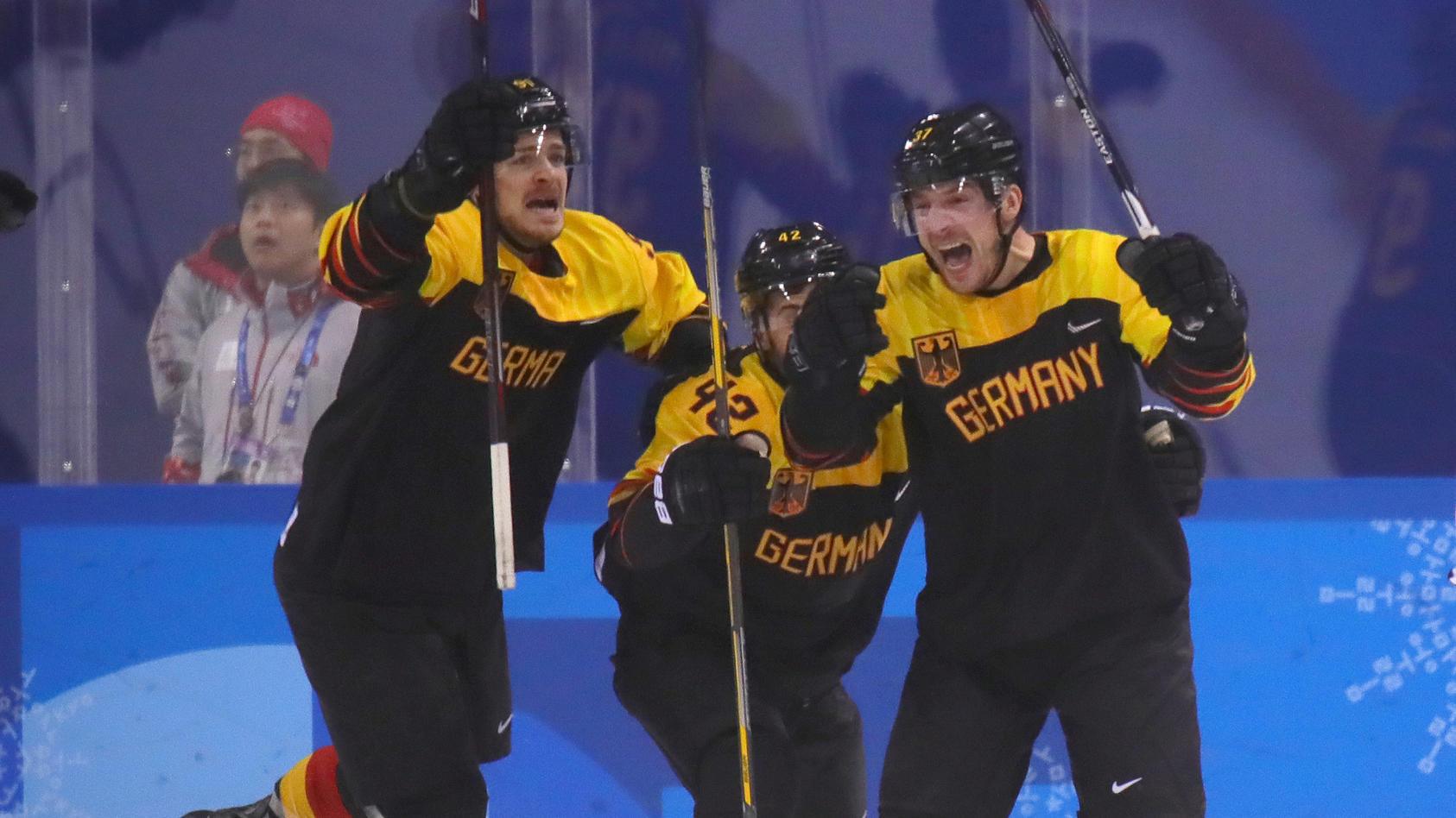 Eine veritable Sensation - Deutschlands Eishockey-Cracks kegeln Schweden aus dem Olympischen Turnier und stehen im Halbfinale.