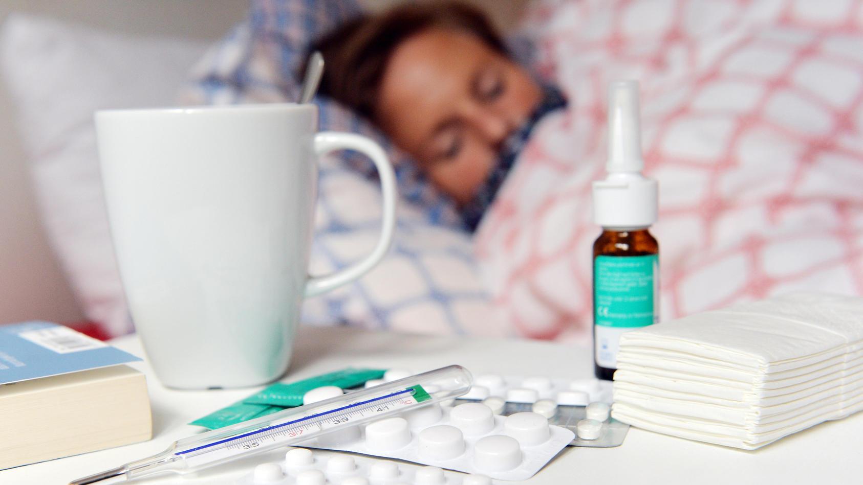 Die Grippewelle nimmt in Deutschland langsam Fahrt auf.