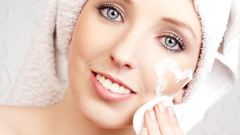 Welches Peeling ist für das Gesicht geeignet?
