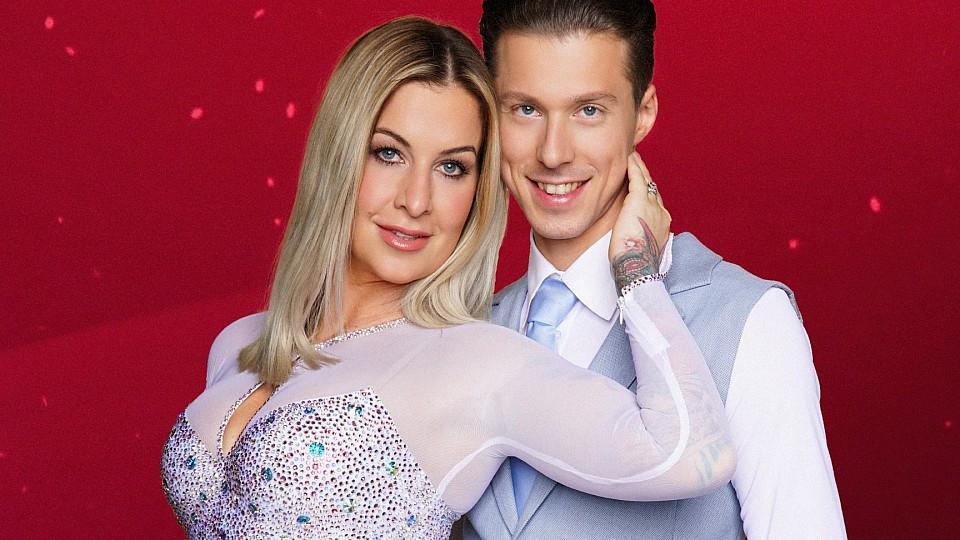 """Charlotte Würdig tanzt bei """"Let's Dance"""" 2018 mit Profitänzer Valentin Lusin."""