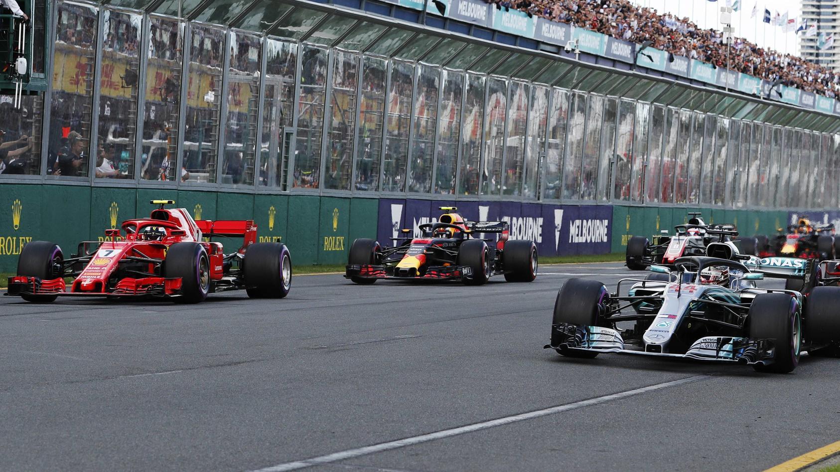Vor allem Mercedes, Ferrari und Red Bull müssen den Sparkurs der Formel 1 fürchten