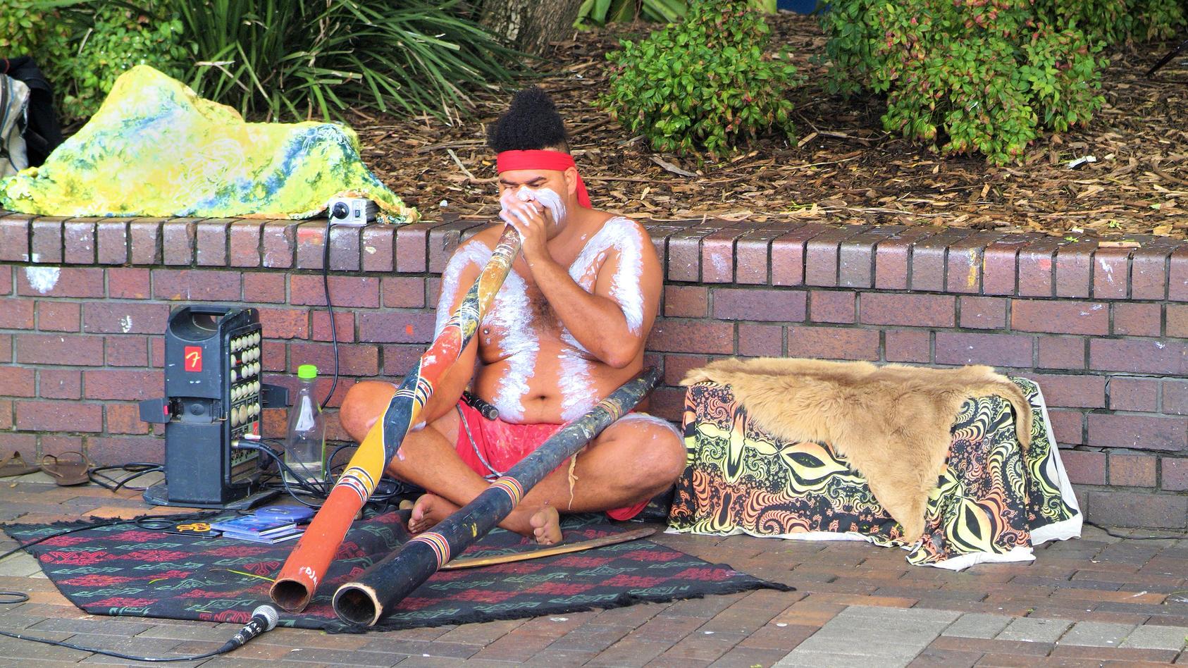 Ein Aborigine in Sydney, Australien.