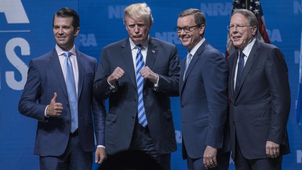 Jahresversammlung der NRA: Donald Trump lässt sich von Waffenlobby feiern: