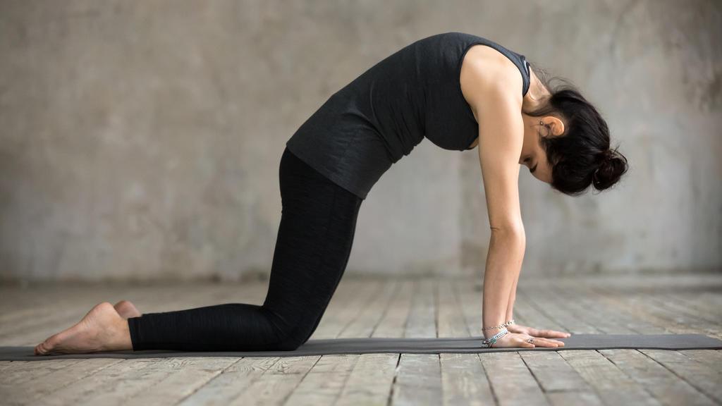 Yoga bei Rückenschmerzen: Fünf Übungen für einen starken..