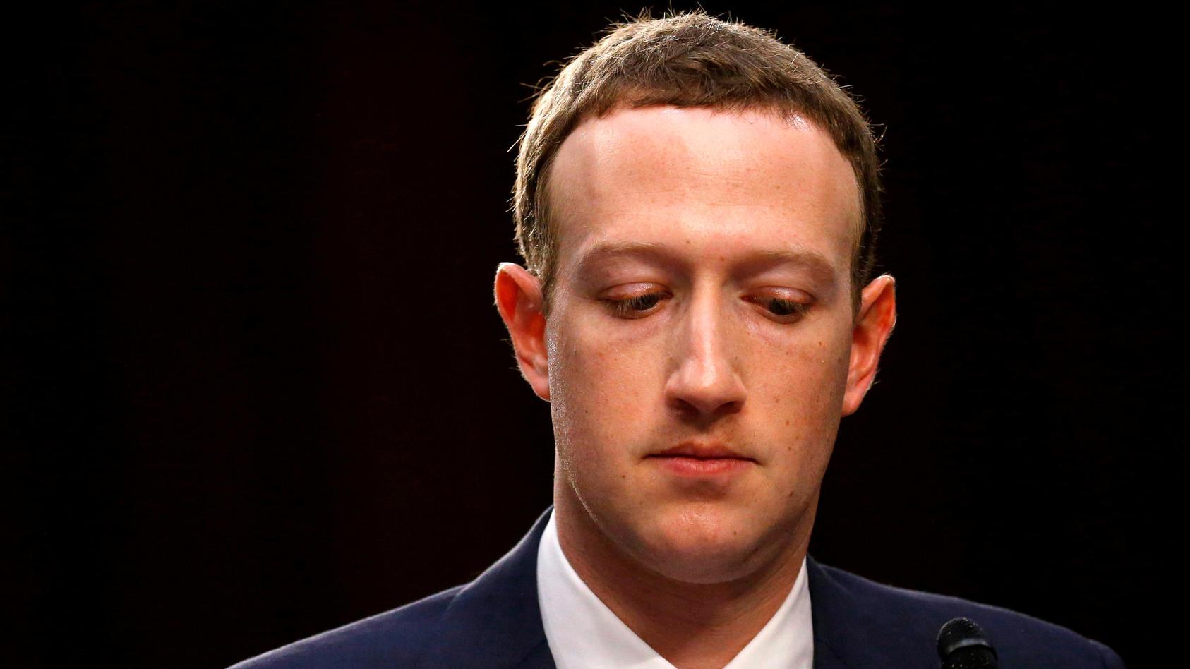 Facebook Chef Mark Zuckerberg bei der Anhörung vor dem US-Kongress in Washington