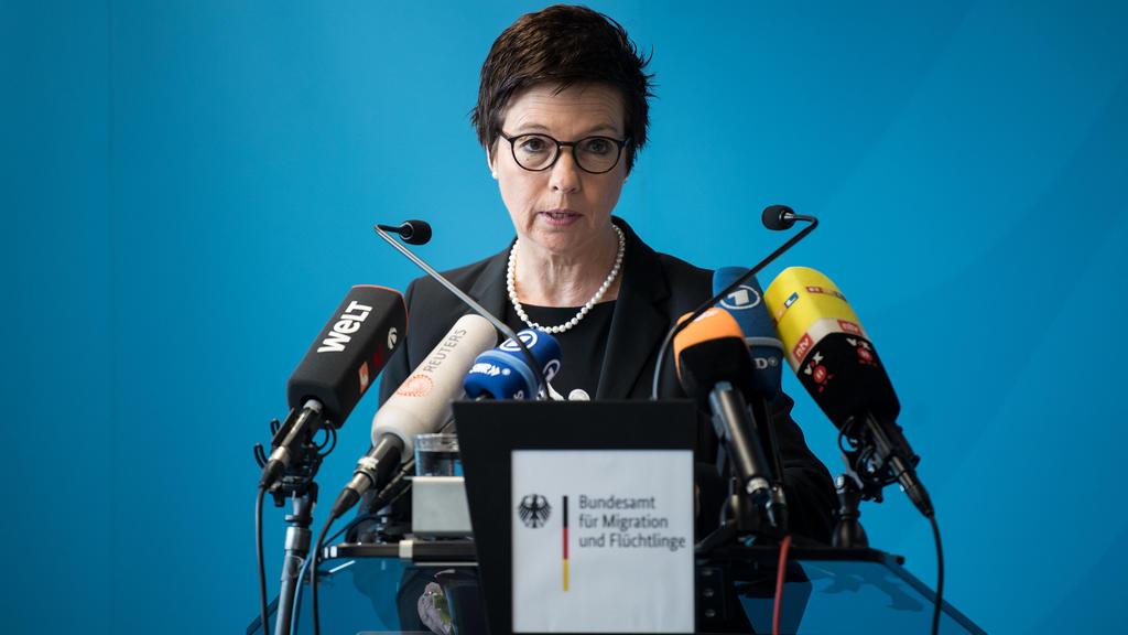 Jutta Cordt, Präsidentin des Bundesamts für Migration und Flüchtlinge (BAMF) bei einer Presskeonferenz
