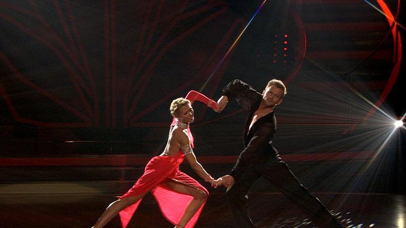 Lets Dance 2014: Tanja Szewczenko tanzt eine Rumba in der
