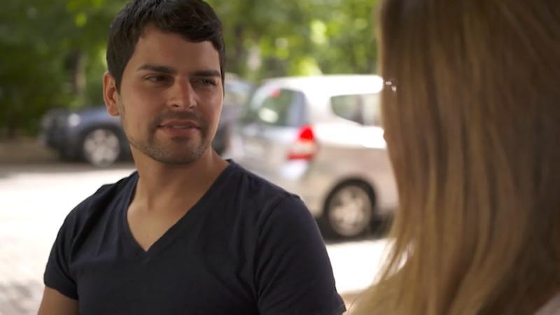 Männer flirten blickkontakt
