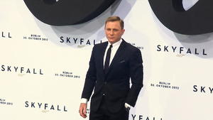 James Bond: Daniel Craig muss unters Messer!